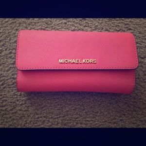 Barely Used Authentic Michael Kors Wallet
